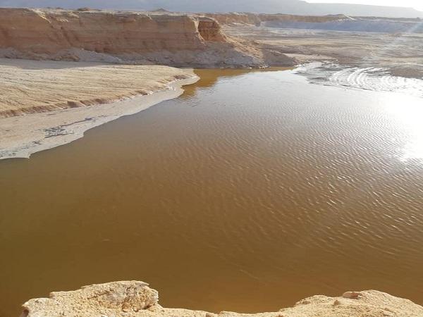 د/ عبدالعاطى يتلقى تقرير حول الأمطار التى سقطت فى محافظات الصعيد يومى 16-17