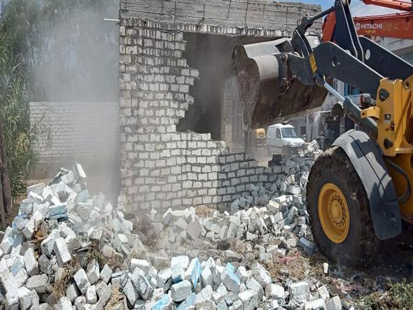 وزارة الري تواصل حملات الإزالات بمختلف المحافظات