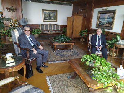 عبد العاطي وشاكر يبحثان أوجه التعاون والمشروعات المشتركة