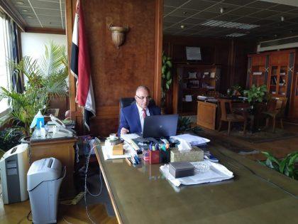 د/ عبد العاطى يعقد اجتماعا مع بعثة البنك الدولى