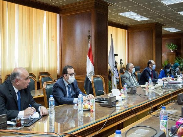 إجتماع الساده وزراء المياه بمصر والسودان واثيوبيا