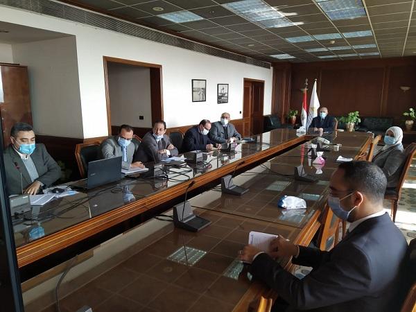 عبد العاطى يتابع موقف مشروعات التعاون الثنائي مع دول حوض النيل