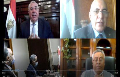 عبد العاطي والقصير يناقشان موقف المشروعات المشتركة بين الوزارتين