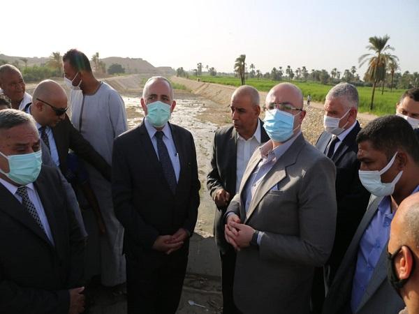 الدكتور عبد العاطى يتابع موقف تنفيذ مشروعات بمحافظة بنى سويف